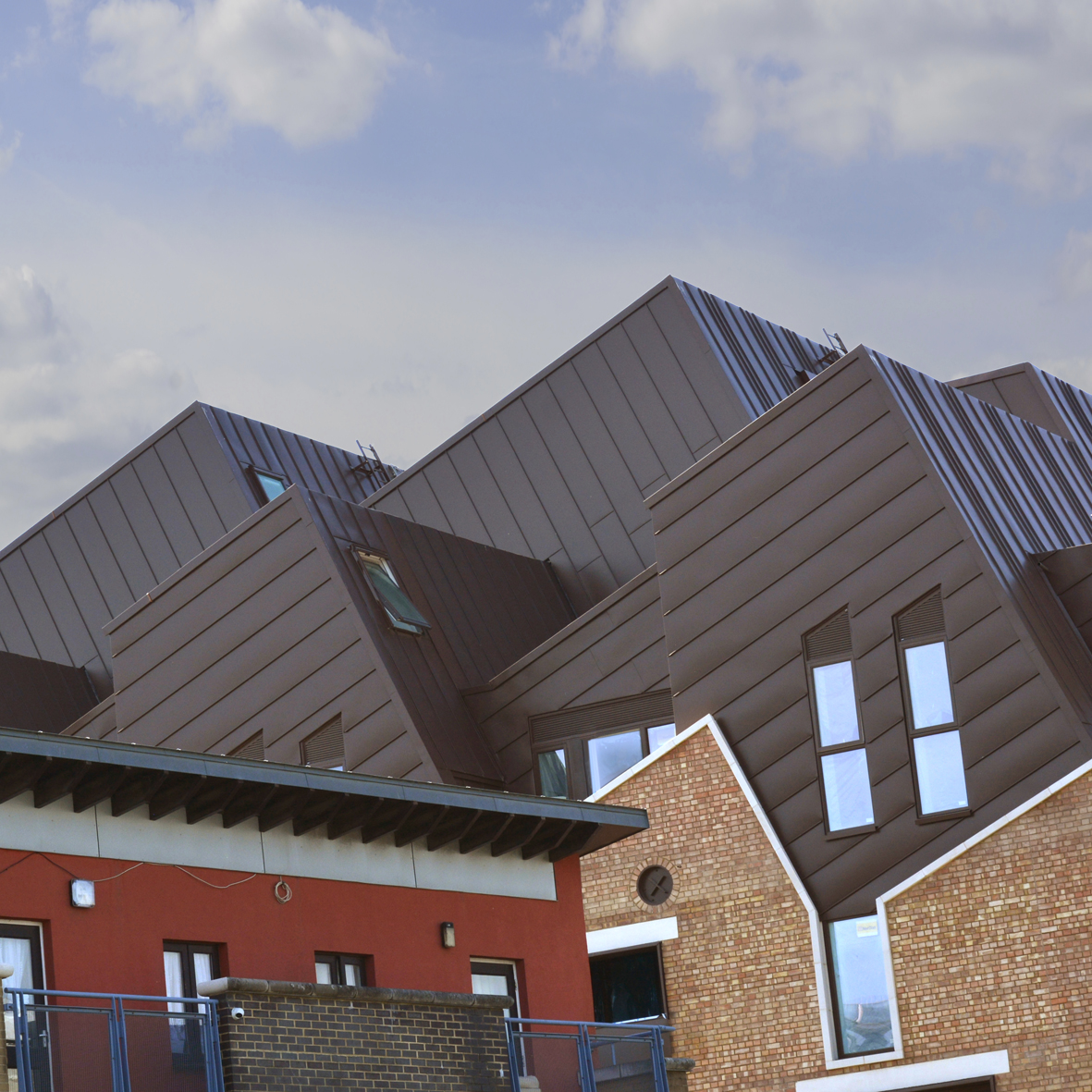 5. The zinc facades and roofs are covered by a SIG full-system 30-year warranty