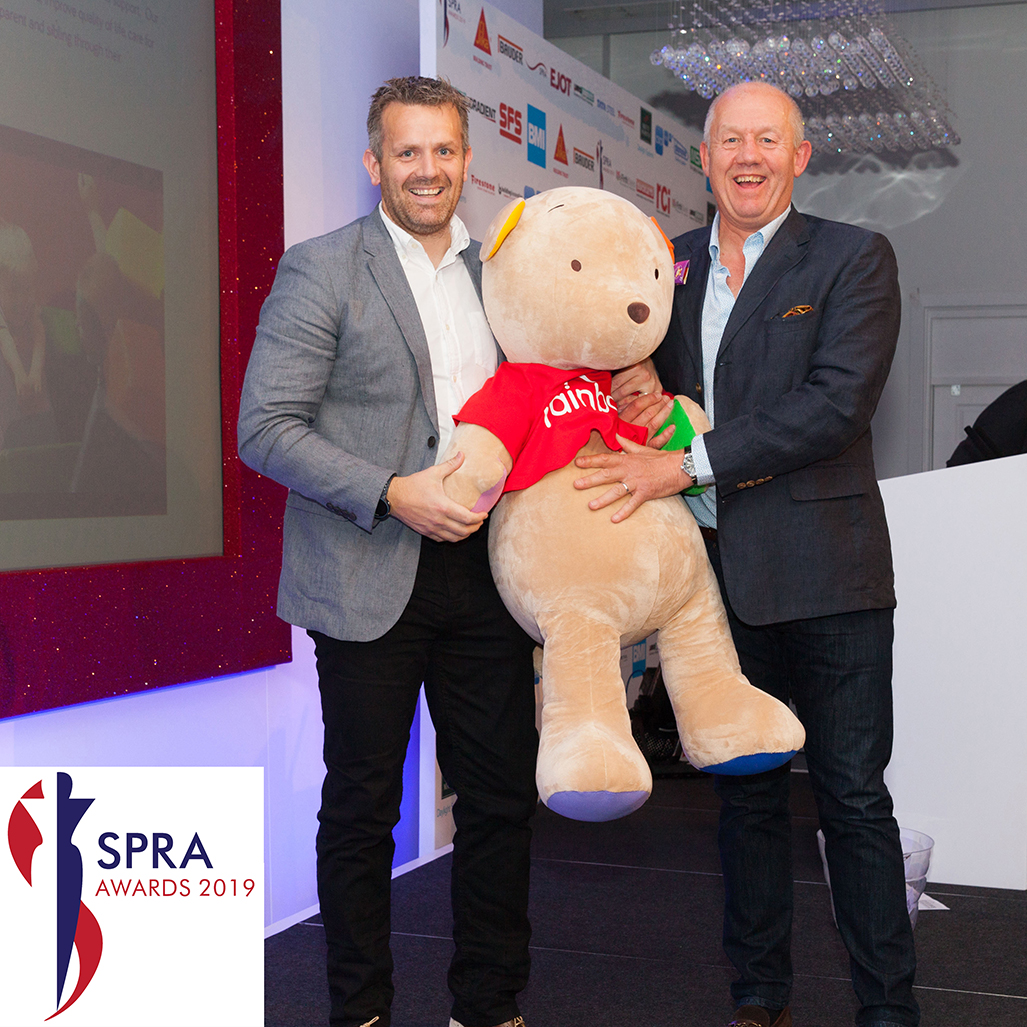Mike Crook D & T Trading Director (right): SIG & SPRA have jointly sponsored the Rainbows Children's charity since 2013