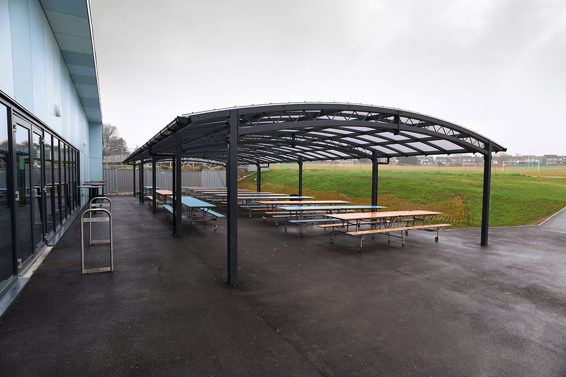 Newcastle Lattice canopy at Baysgarth School