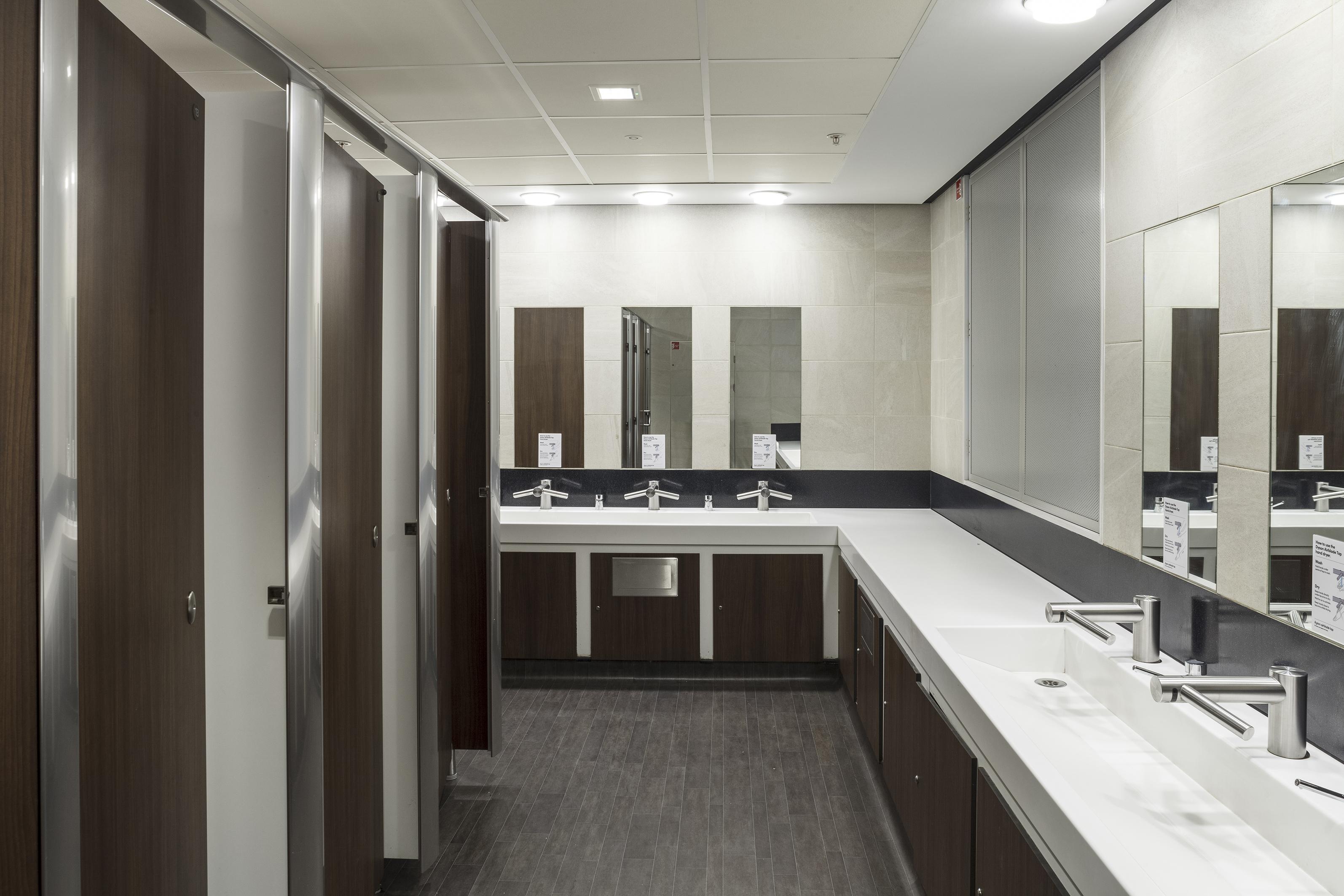 Venesta Washrooms For The London Eye
