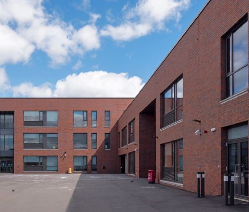 Glasgow City Council re-builds young education with Forterra bricks