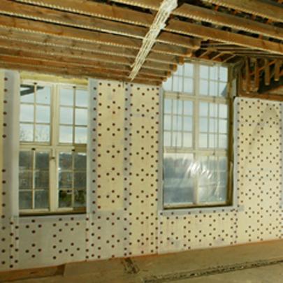 Damp Proof Membrane Walls >> Damp proof membrane for treating damp walls: Newton 805 Newlath