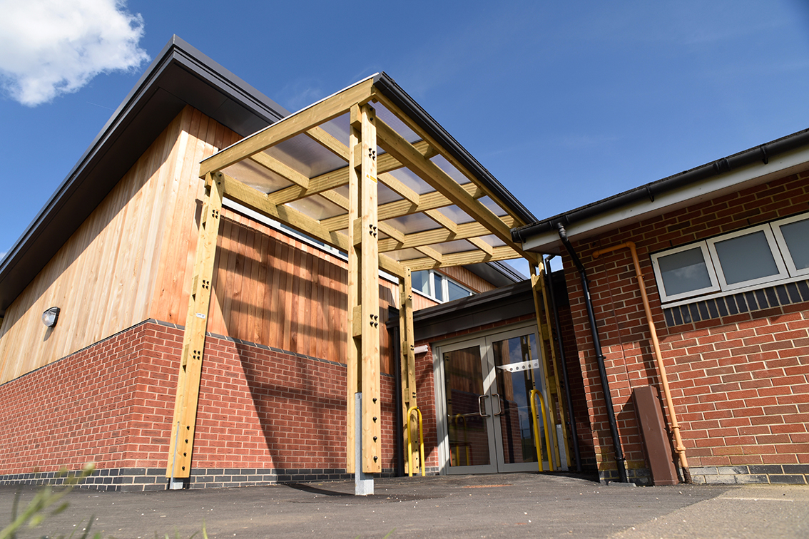 Timber frame entrance canopy for Fernwood Primary School