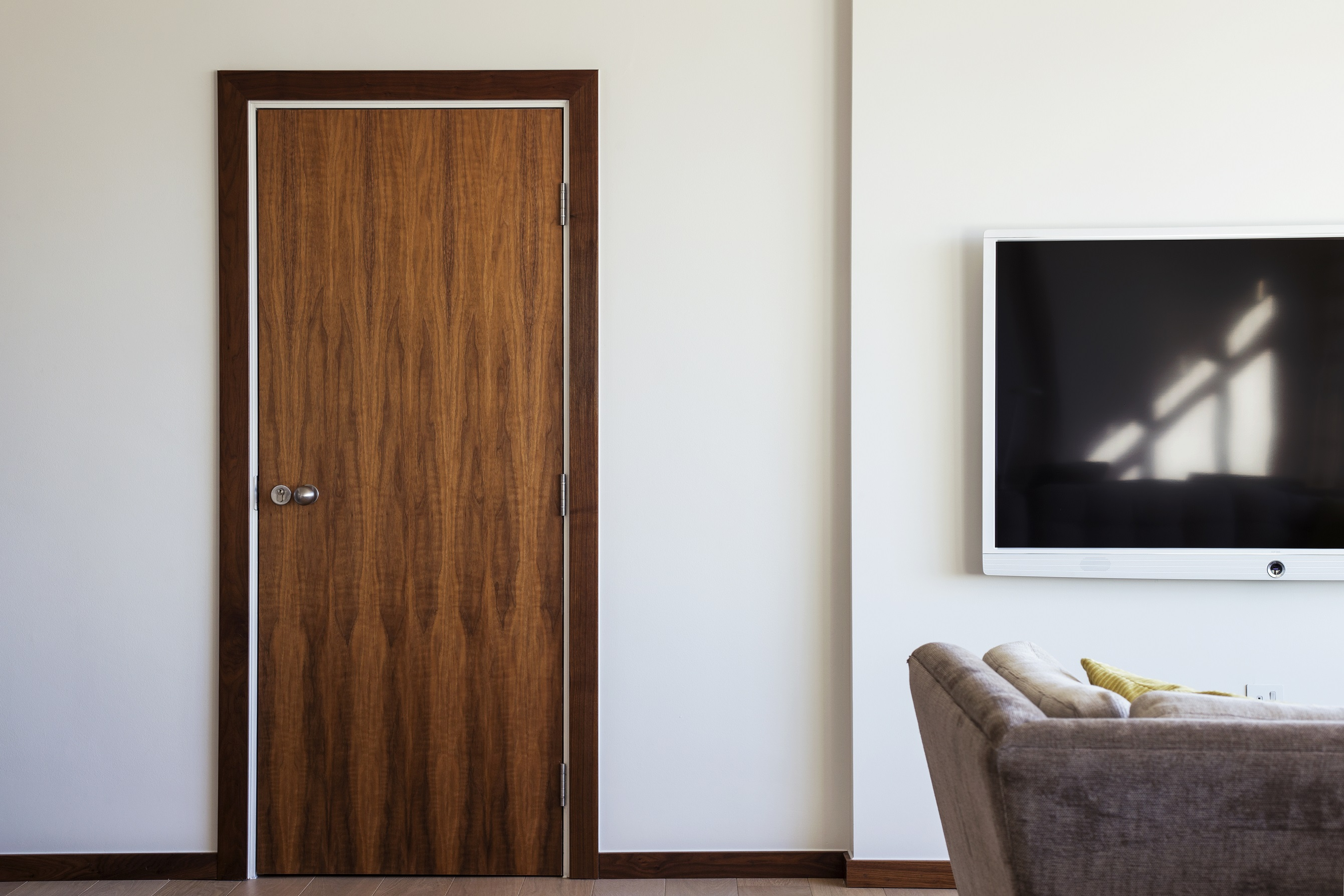 Ahmarra doors for COMO Metropolitan London