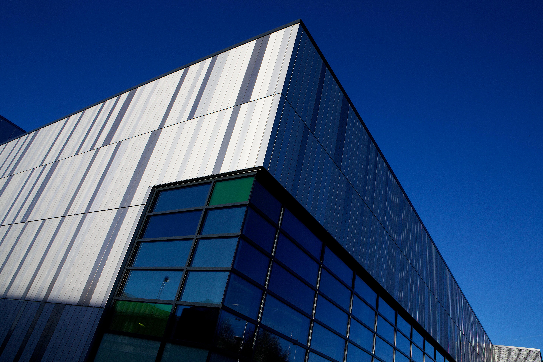 Facade: Aluminium Facade For Flagship Leisure Centre