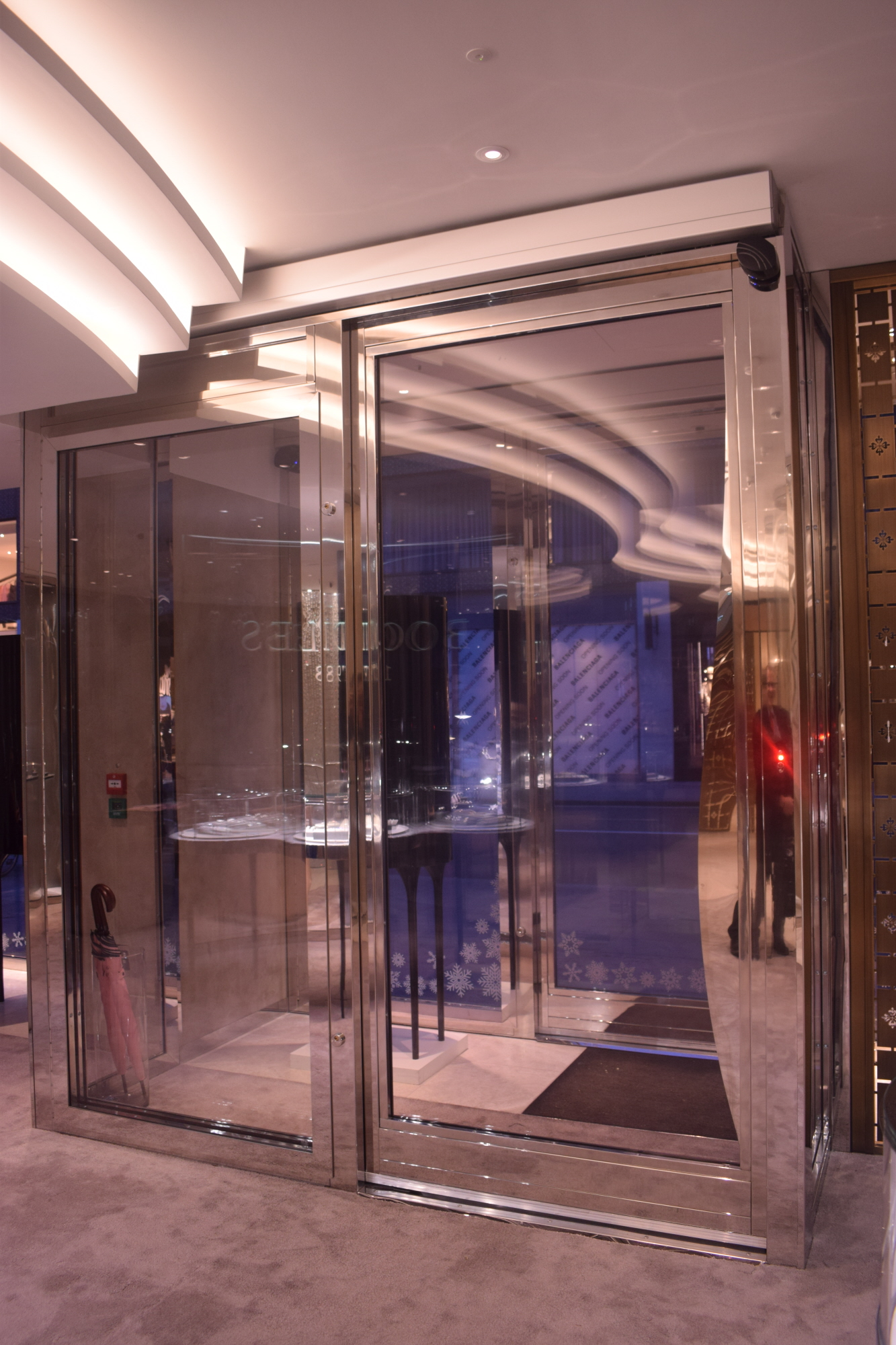 Secure access for Boodles in London thanks to iMotion 2302