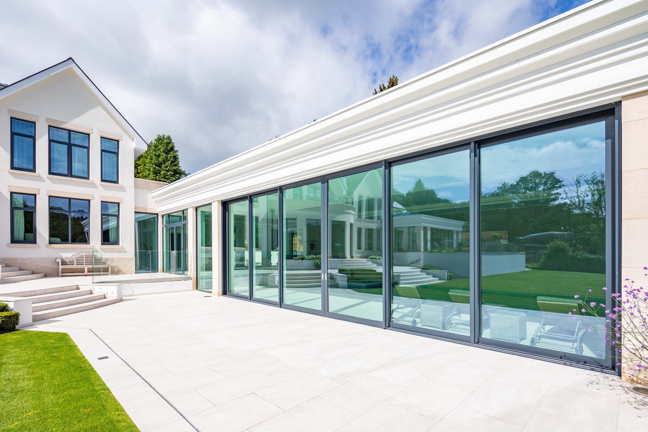 TECHNAL deliver seamless sightlines for prestigious Cheshire home