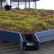 Latest construction data shows North/South divide for Green Roof applications