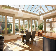 Spacious Orangery in Cambridgeshire