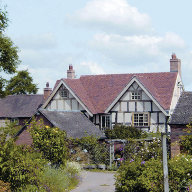 Tudor provides handmade plain tiles for seventeenth century home