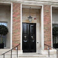 Ahmarra Supply 'Arresting' Doorsets To Luxury Hotel Maurice Drummond House