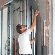 Preventing legionella contamination through insulation