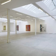 Screed provides support and contrast at art gallery