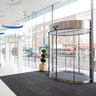 Bespoke 360° glass curved-sliding door at AmicusHorizon