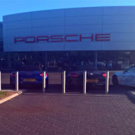 Porsche East London chooses AUTOPA bollards