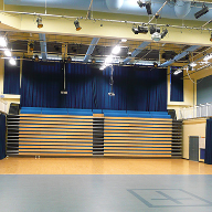 Style provides flexible space in school hall