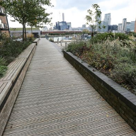 Gripsure supplies boardwalk jetty for Canary Wharf