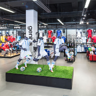 Hacel provide versatile lighting solution for Adidas store