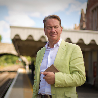 Crown Paints' Portillo Pink for TV traveller