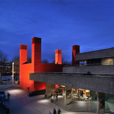 Kingspan Koolduct puts on a show at National Theatre