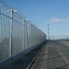 Barkers Fencing secures HM Naval Base in Devonport