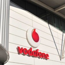 Seam metal roofing for Vodafone warehouse
