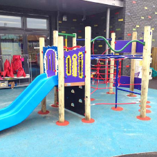 Custom Spiffy play unit for primary school playground
