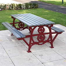 Heritage style street furniture for Walker Park
