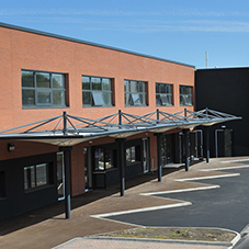 Broxap bespoke canopy for Keelman's Way School