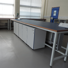 Laboratory furniture for University of Oxford