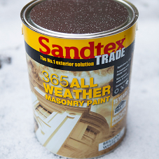 Extend paint projects into Autumn with Sandtex Trade