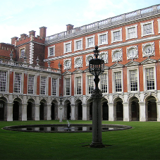 Midland lead refurbishes Hampton Court Palace's roof