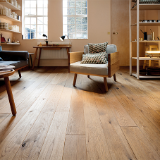 Oak floorboards create stunning look for store