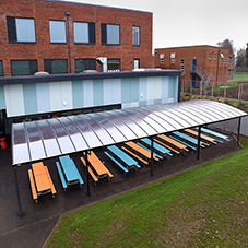 Outdoor dining shelter for Baysgarth School