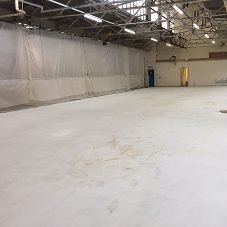 Easyflow delivers floor screeds to aerospace warehouse