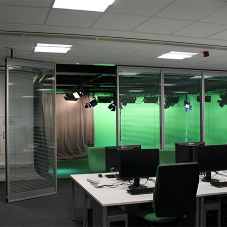 Automatic partitioning wall for University