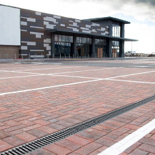 RECYFIX® MONOTEC drains car park at Home Bargains store