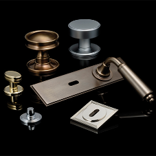 Door furniture complements signature collection