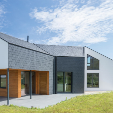 Natural slate for a Passive house