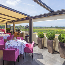 Canopies UK extend space at Alec's Restaurant
