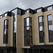 Insulated glazing meets strict thermal requirement