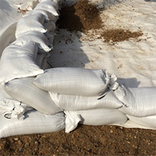 HUESKER provide a range of sandbag sizes