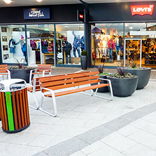 Seating attracts customers at Dalton Park