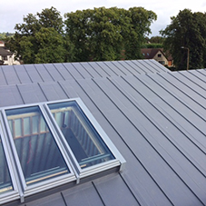 Flexible roofing system for primary school extension