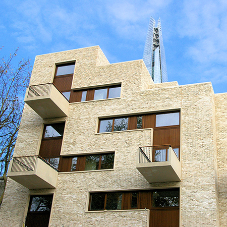 Unusually large balconies no problem for Schöck