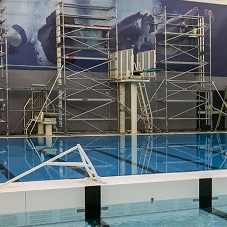 Horizontal bulkhead in Newbattle swimming pool