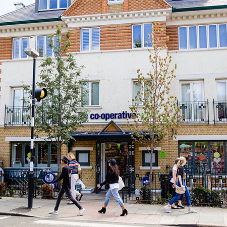 Stannah Replaces Goods Lift in Wimbledon's Southern Co-op