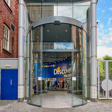 record uk creates stylish entrance for Discovery Museum