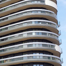 Schöck meets curved balcony challenge in Docklands