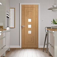 How to choose the right internal door accessories